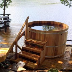 Дървена градинска каца тип гореща вана